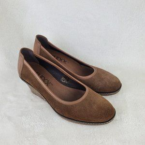 The Flexx Brown Suede Leather Wedge Pump Size 6.5M